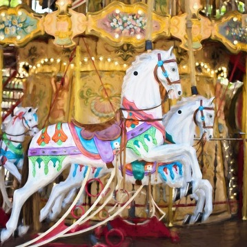 carousel-horses-1434079_960_720